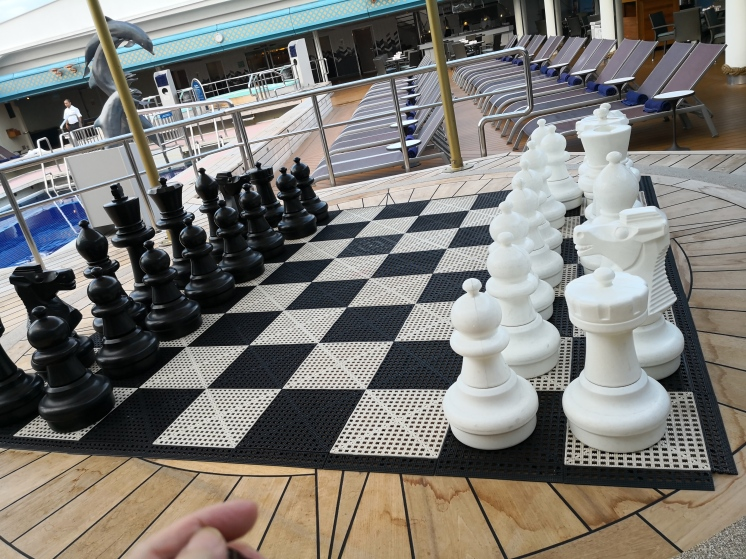 hugh chess board in Ms Maasdam